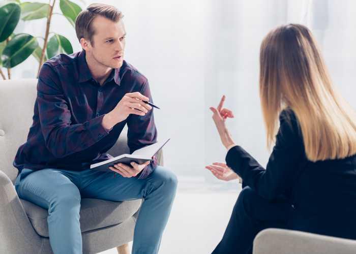 Ein typdiagnostisches Beratungsgespräch ist eine gute Möglichkeit, den Enneagrammtyp herauszufinden.
